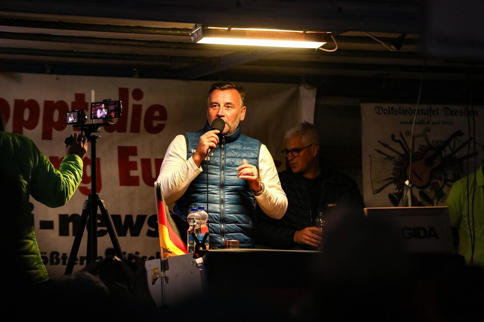 Lutz Bachmann am Montag auf der Pegida-Bühne