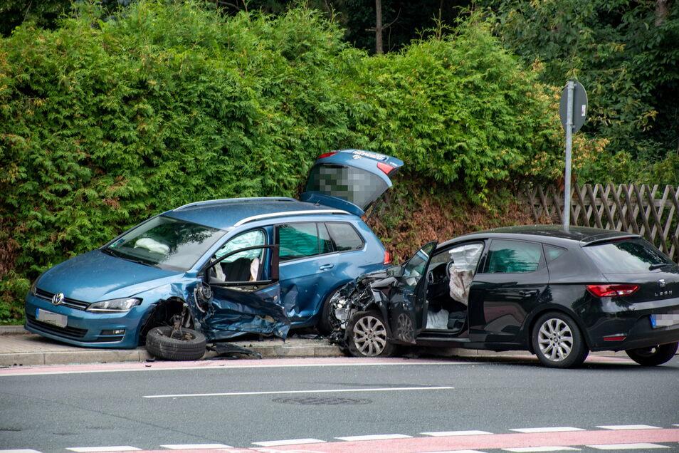 Auf der Grimmaischen Straße in Döbeln ist es am Freitag zu einem schweren Verkehrsunfall gekommen.
