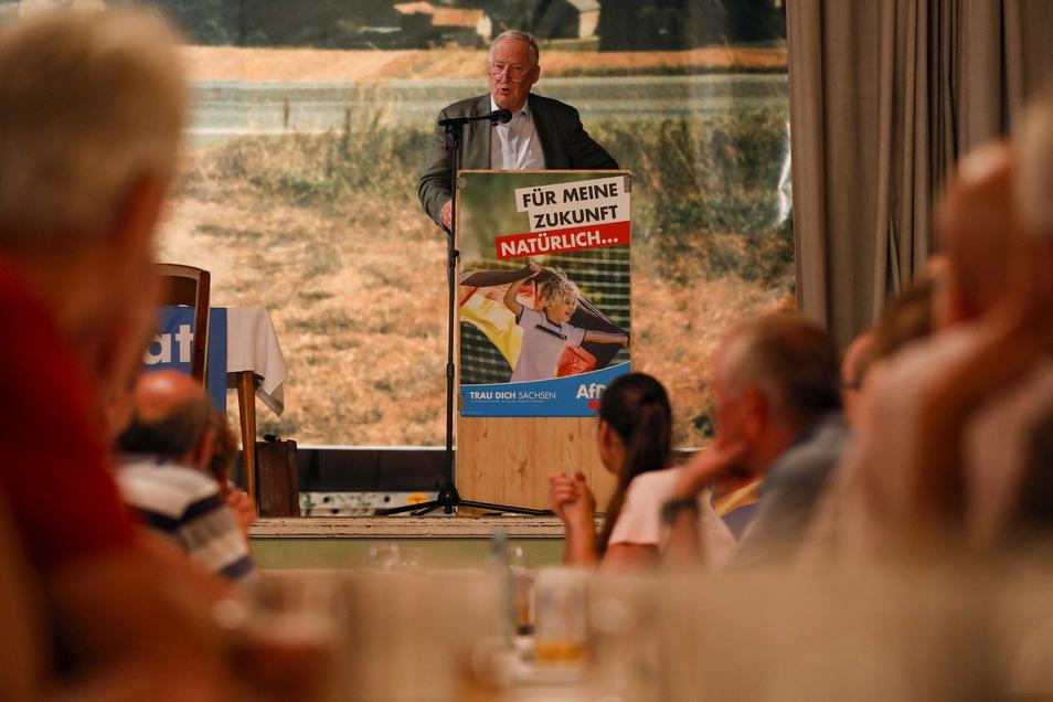 Der Bundesvorsitzende der AfD, Alexander Gauland, sprach in Spitzkunnersdorf vor einem vollen Saal.