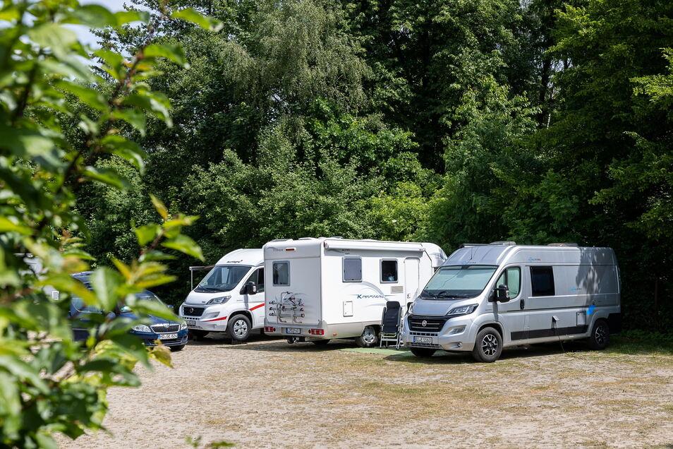 Am Waldbad in Polenz ist auch Platz für Wohnmobilisten.