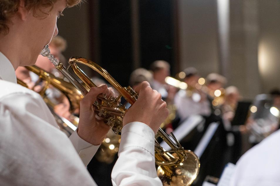 An der Kreismusikschule Bautzen lernen derzeit über 2.600 Kinder und Jugendliche. Ihre Eltern müssen künftig mehr dafür bezahlen.
