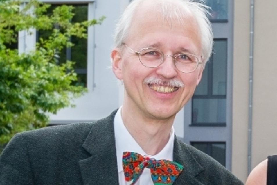 Mit dem Breitbandausbau soll in den Jahren 2020 und 2021 begonnen werden – Radebeuls Baubürgermeister Jörg Müller.