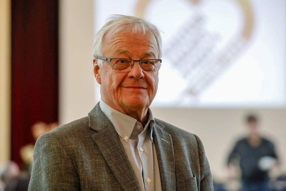 Peter Dierich nimmt auch im Ruhestand regen Anteil an Politik - auch in seiner Stadt Zittau.