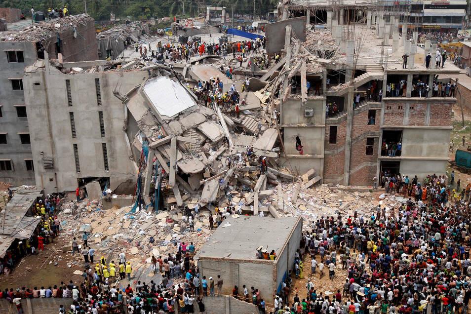 Am 24. April 2013 stützte in Bangladesch eine Textilfabrik ein