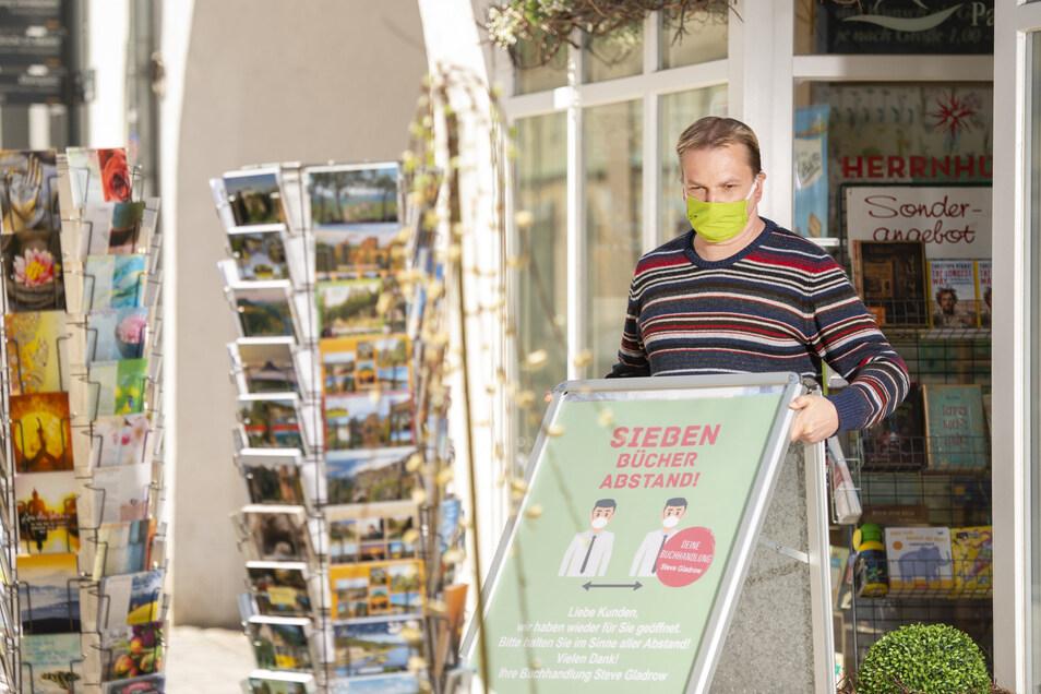 Steve Gladrow hat seine Buchhandlung in Pirna wieder aufgemacht.