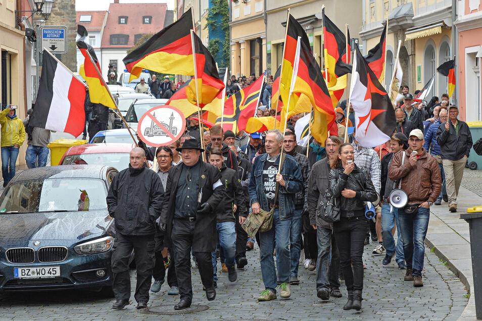 Im September 2016 hatten die teils islamfeindlichen Proteste in Bautzen ihren Höhepunkt. Zuvor hatte es Krawalle zwischen Deutschen und Flüchtlingen auf dem Kornmarkt gegeben.