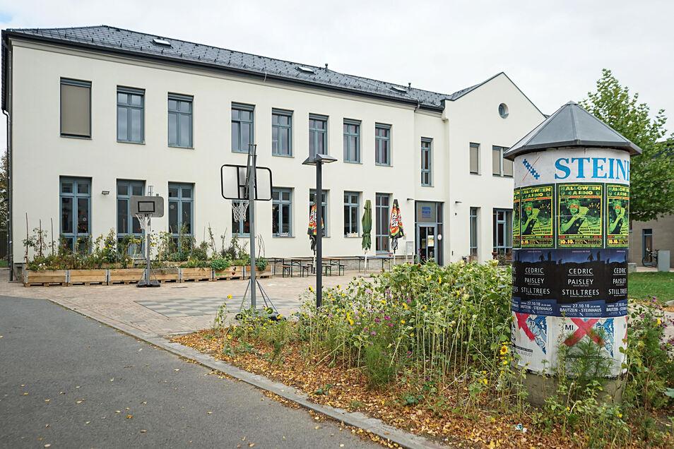 """Das Bautzener Steinhaus wird das Projekt """"Partnerschaft für Demokratie"""" koordinieren."""
