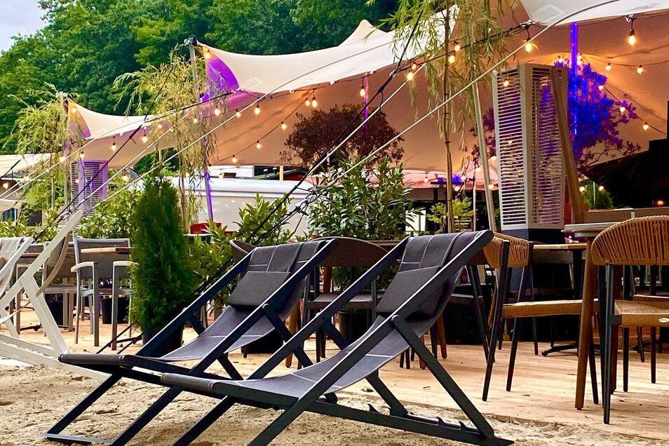Essen und Feiern direkt an der Elbwiese: In Königstein ist das jetzt möglich.