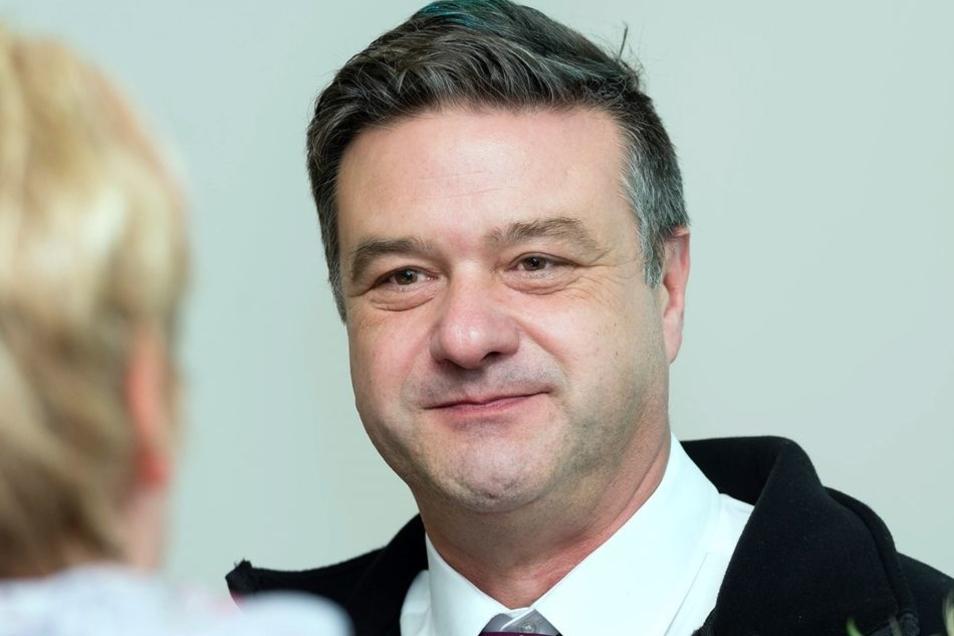 Olaf Jahn, Betriebsleiter der Neukircher Zwieback GmbH, nahm eine der Auszeichnungen entgegen.