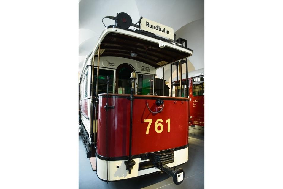 Mit diesem Triebwagen aus dem Jahr 1895 wurde die Dresdner Pferde- zur elektrischen Straßenbahn.