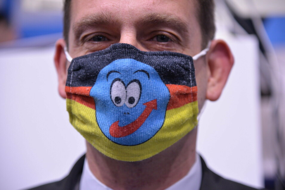 Die AfD-Abgeordneten werden am Wochenende beim Parteitag auf den Sitzplätzen eine Maske tragen müssen.