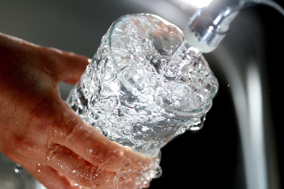 Die Qualität des Trinkwassers wird permanent von unabhängigen Instituten kontrolliert und kann unbedenklich von den Verbrauchern zu sich genommen werden. Die Meißener Stadtwerke haben  in den letzten Jahren mehr als vier Millionen Euro investiert.
