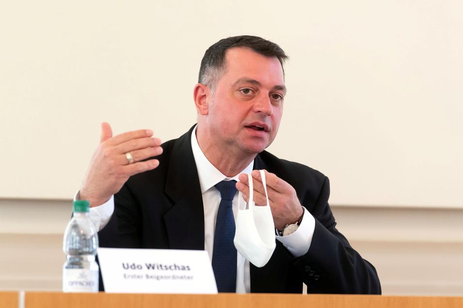 Bautzens Vize-Landrat Udo Witschas (CDU) steht in der Kritik. Die AfD-Fraktion im Kreistag moniert die Besetzung einer Stelle in seinem Verantwortungsbereich.