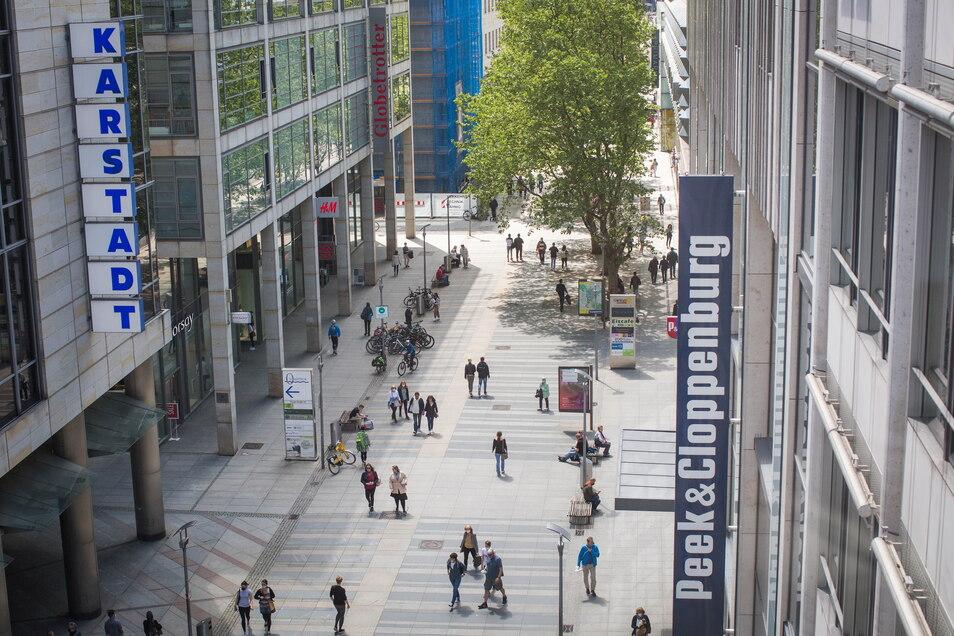 Die Prager Straße ist Dresdens Einkaufsmeile Nummer eins. Nach der Pandemie läuft es dort nicht wieder rund.
