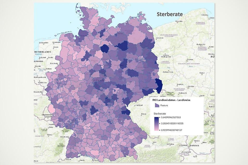 Dass mehr Erkrankte auch mehr Todesfälle bedeuten, liegt nahe. Aber auch beim Anteil der Todesfälle an den Corona-Erkrankten stehen viele Kreise im Osten Deutschlands schlechter da. Sie haben oftmals eine höhere Sterberate.