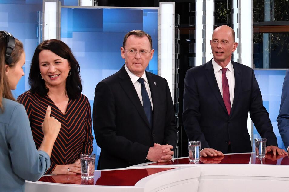 Die Thüringer Spitzenkandidaten Anja Siegesmund (2.v.l-r, Bündnis90/Die Grünen), Bodo Ramelow (Die Linke) und Wolfgang Tiefensee (SPD). In Thüringen stehen die Zeichen aktuell erneute auf Rot-Rot-Grün.