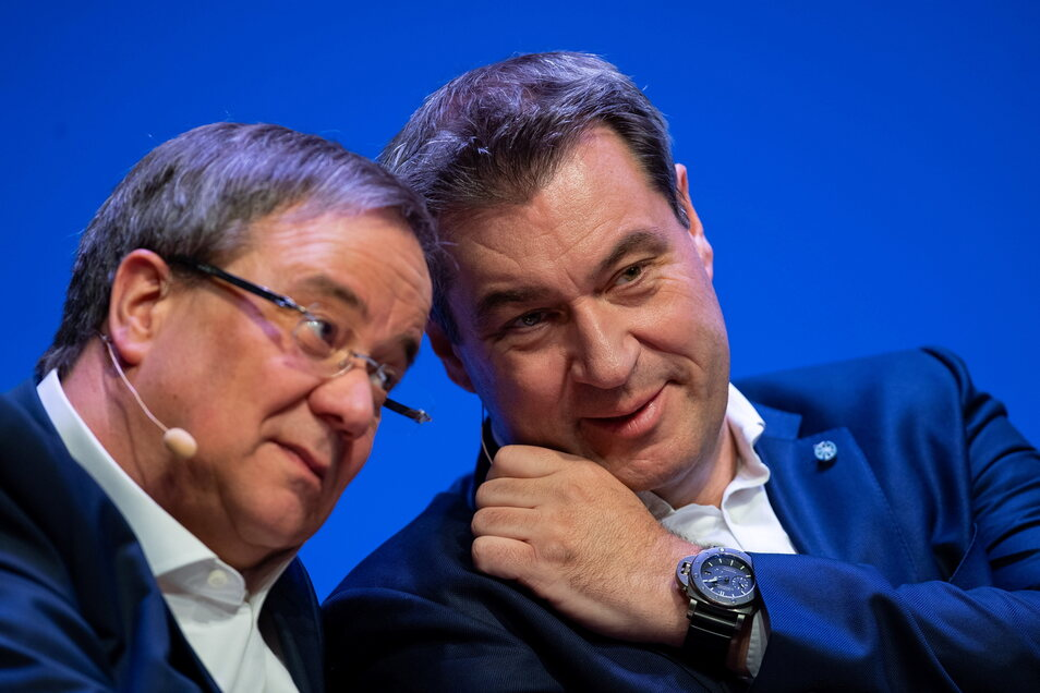 CDU-Kanzlerkandidat Armin Laschet (l) und Bayerns MP Markus Söder (CSU): Die Union legt in der Wählergunst zu.