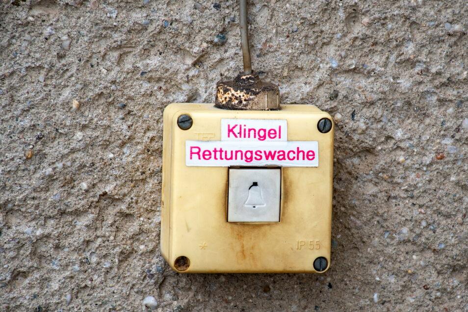 Auch die Klingel zeugt noch von DDR-Charme.