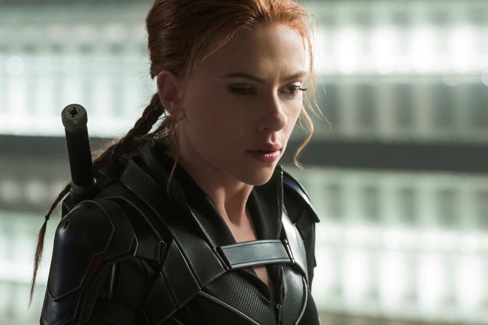 """Scarlett Johansson als Natasha Romanoff in einer Szene des Films """"Black Widow"""" (undatierte Filmszene)."""