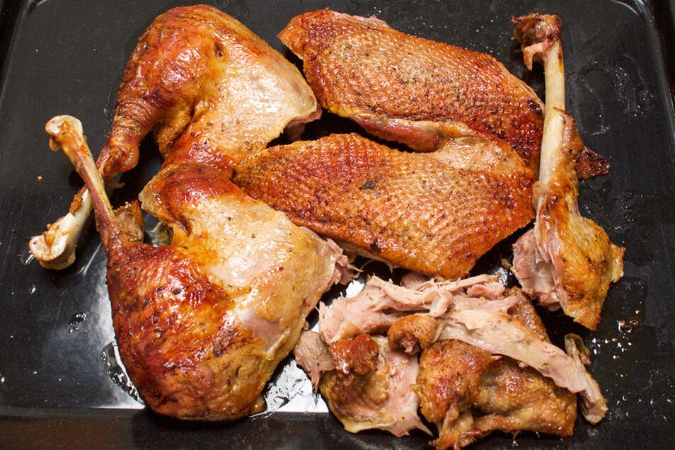 Gänsebraten am Vormittag zubereiten und auslösen, dann bleibt noch Zeit zum Soße kochen empfiehlt Koch Thomas Sixt