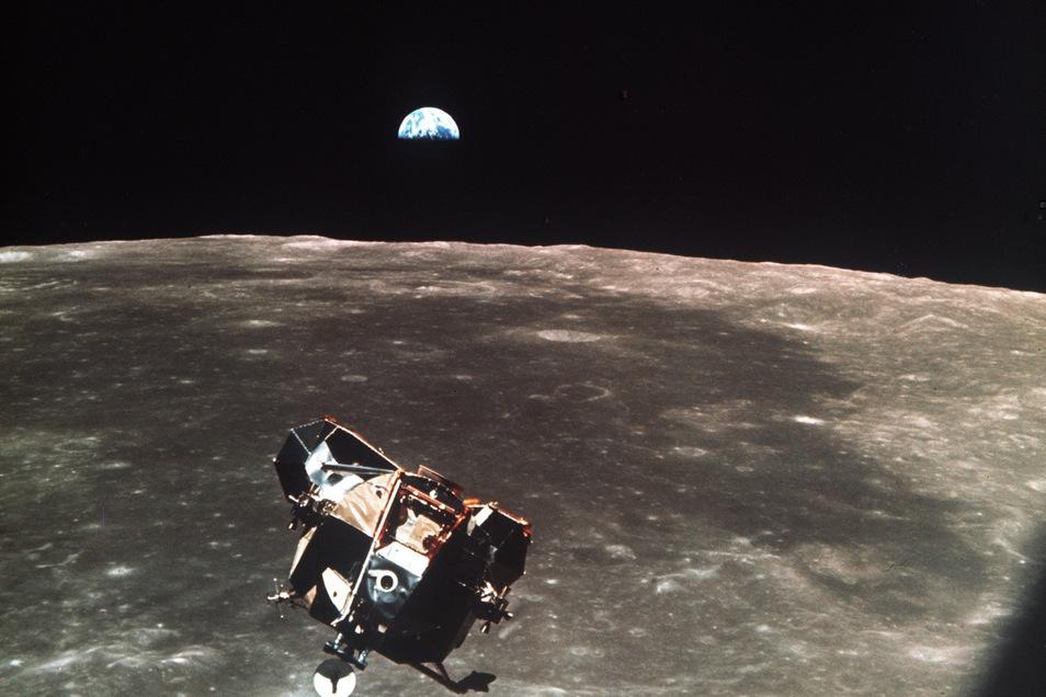 Den Blick auf die Erde gibt's gratis dazu.