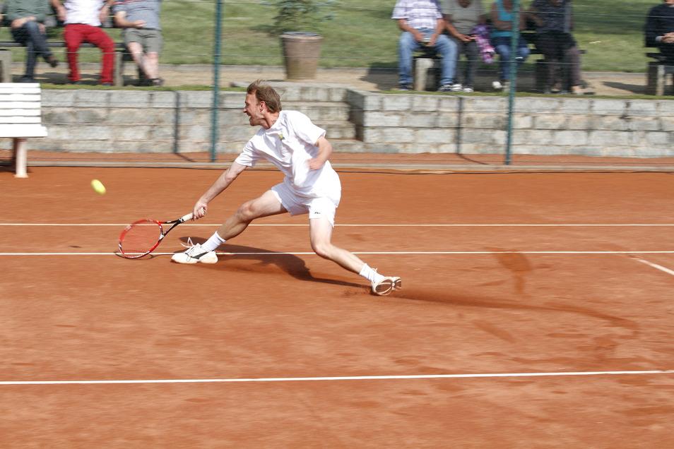 Sportwart Richard von Koslowski beim Punktspiel.