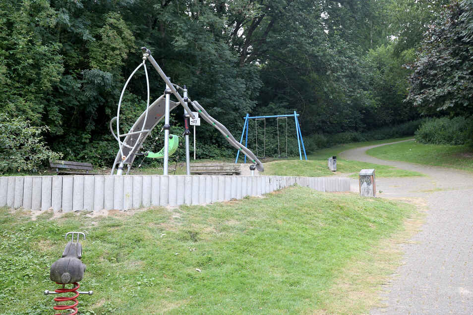In der Nähe dieses Spielplatzes sollen die Kinder im Alter zwischen 12 und 14 Jahren eine junge Frau missbraucht haben.