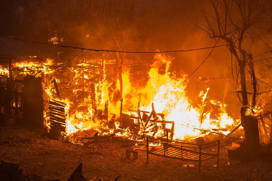 Feuer im Flüchtlingslager auf Samos