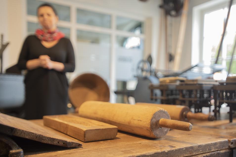 Backgeräte und Backtechnik gehören natürlich zur Ausstellung im Pulsnitzer Pfefferkuchenmuseum. Nach dem Aus bei einem Bundeswettbewerb wird es ohne das erhoffte Fördergeld mit der Modernisierung des Museums langsamer gehen.