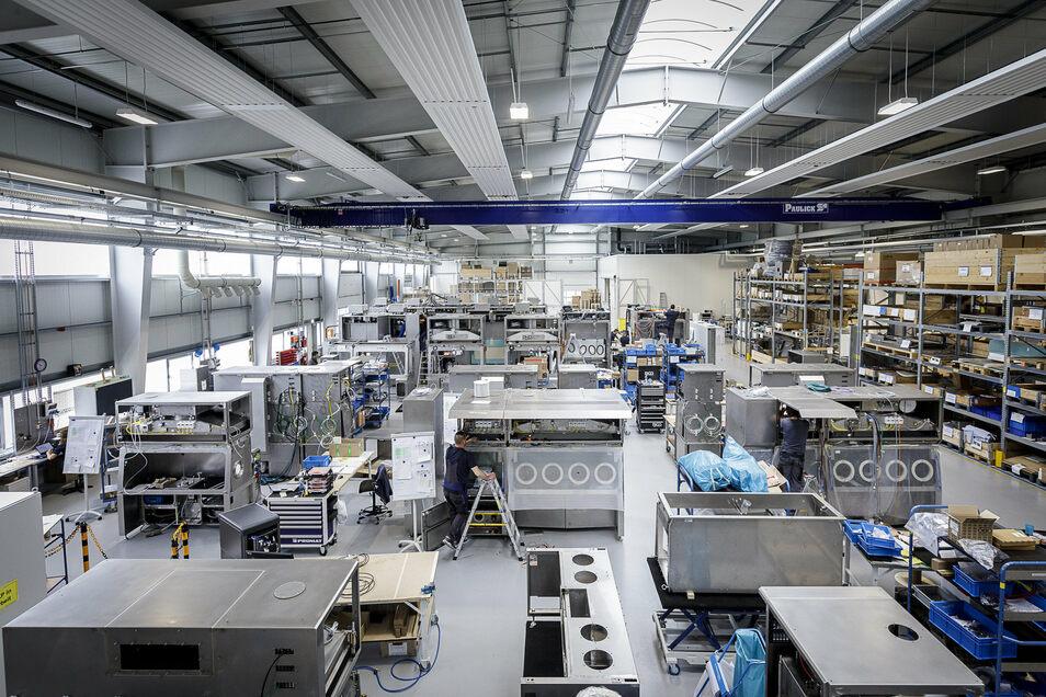 Ein Blick in eine Halle bei Skan in Hagenwerder: Die Firma hat sich zum wirtschaftlichen Leuchtturm im Görlitzer Süden entwickelt.