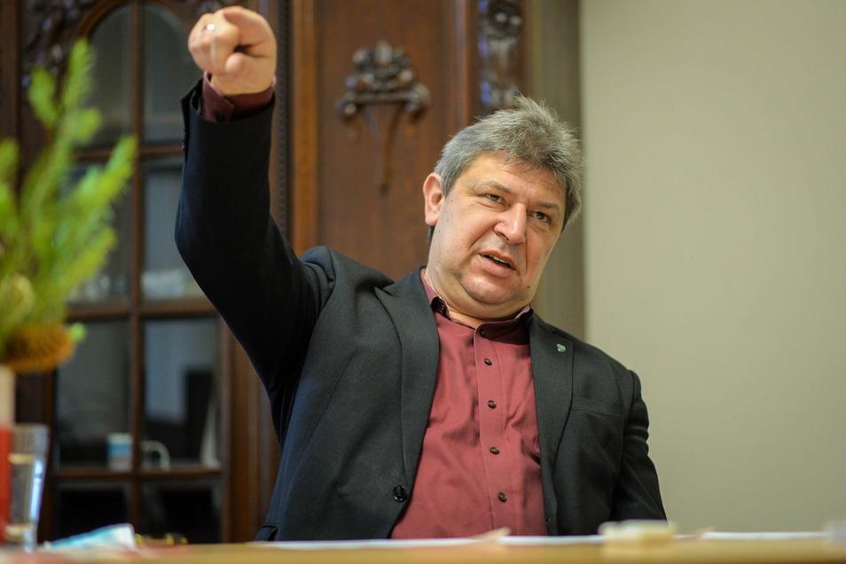 Die LUA-Ansiedlung in Bischofswerda zeigt für Oberbürgermeister Holm Große unter anderem eins: Für die Stadt geht es nach diversen Rückschlägen in den vergangenen Jahren wieder nach vorn.
