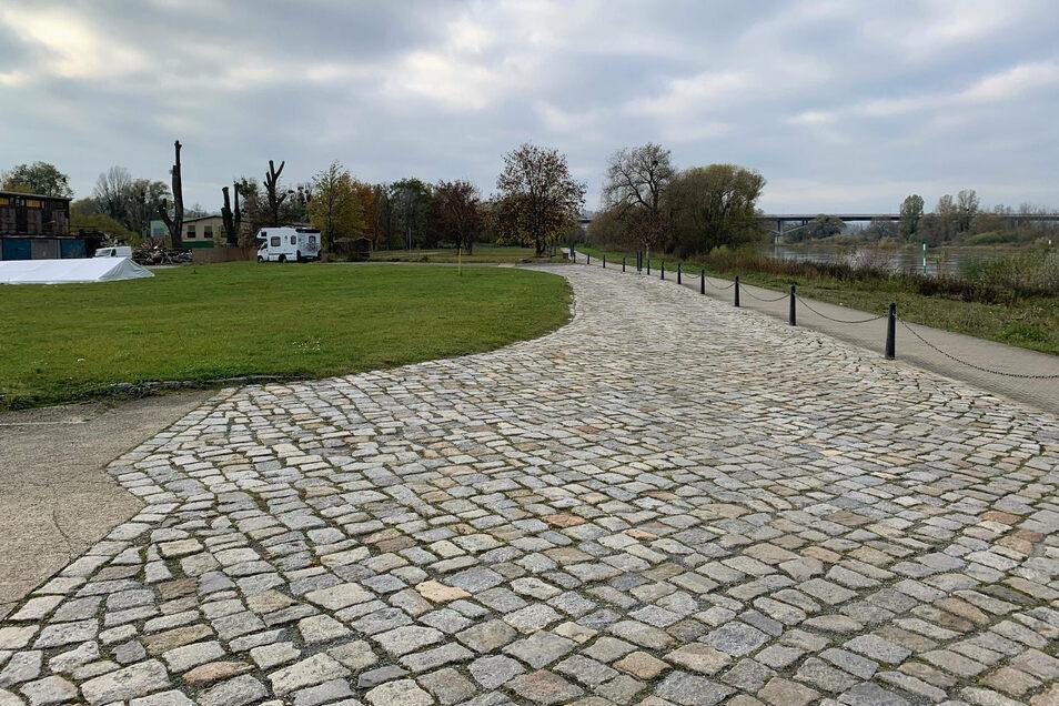 Gelände am Wasserplatz in Pirna: ausreichend Potenzial für einen Camping- und Wohnmobilplatz.