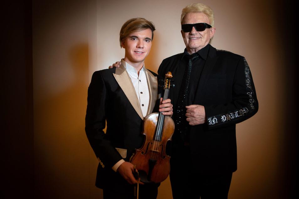 Der Schlagersänger mit Rockertalent will's noch mal wissen. Bei seiner Tour unterstützt ihn der österreichische Musiker Revich mit einer Stradivari aus dem Jahr 1709.