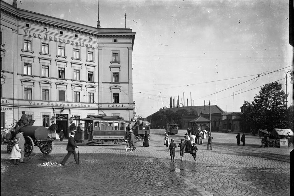 Foto-Aufnahmen von Robert Scholz, die das Görlitzer Stadtarchiv bewahrt: Hier das Hotel Vier Jahreszeiten in Görlitz zwischen 1915 und 1927...