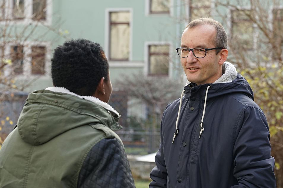 Michael Aniodo aus Nigeria lebt in Bautzen. Doch er darf hier eigentlich gar nicht sein. Weil er in Italien zuerst registriert wurde, will ihn die Landesdirektion dorthin zurückschicken.