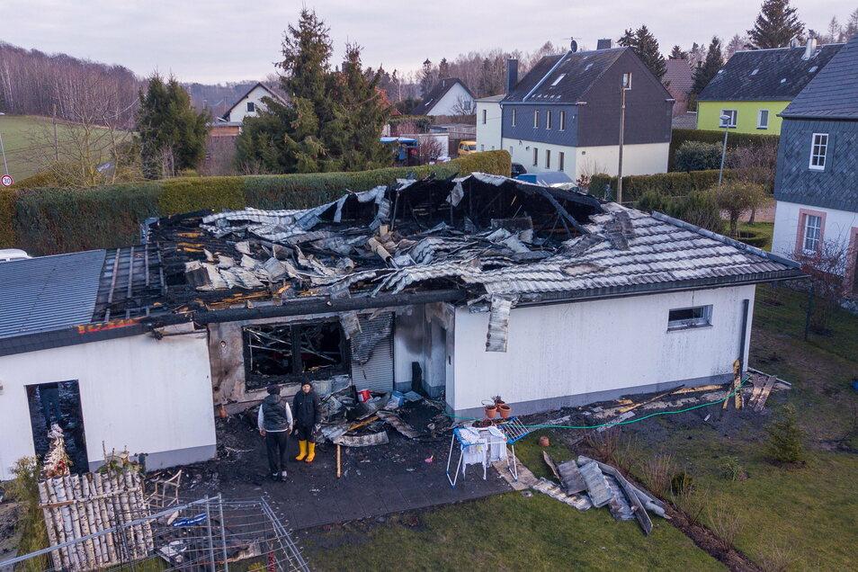 Vom Haus des Rentnerehepaares konnte nicht viel gerettet werden.