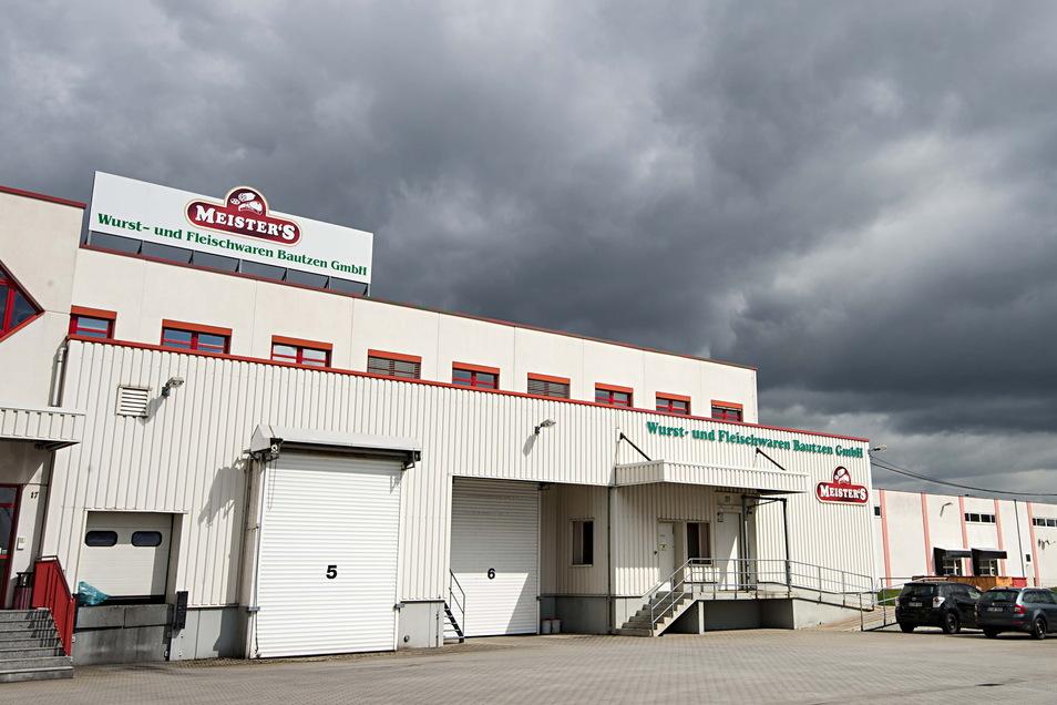 Das Gebäude der Meisters Wurst- und Fleischwaren GmbH Bautzen stammt aus den 1990er-Jahren. Jetzt bekommt es neue Technik zum Energiesparen.
