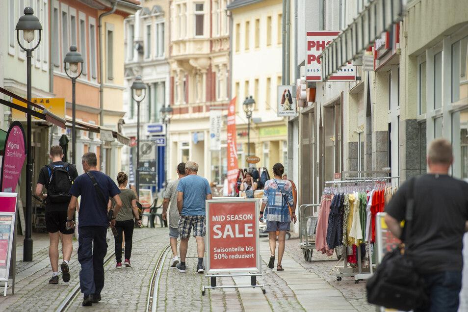 Viele Döbelner Händler haben schon jetzt die Preise reduziert. Die Senkung der Mehrwertsteuer um drei Prozent wollen auch die meisten an ihre Kunden weitergeben, wie eine Umfrage von Sächsische.de ergab.