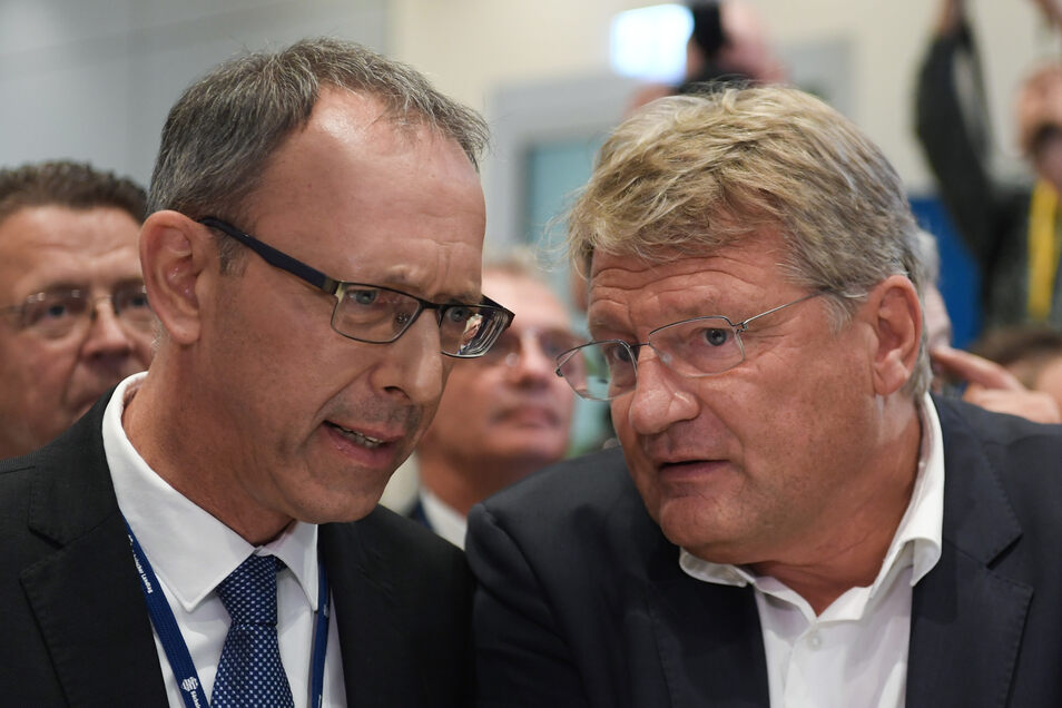 Jörg Urban (l.), Spitzenkandidat der AfD in Sachsen, und Jörg Meuthen, AfD-Bundesvorsitzender.