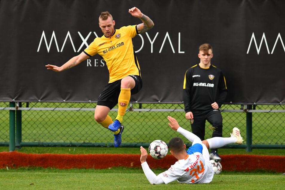 Auf immerhin 21 Spiele in der zweiten Liga kam in der vorigen Spielzeit Brian Hamalainen. Als Linksverteidiger im Sommer 2018 aus Waregem gekommen, wurde der 30-Jährige aber doch hauptsächlich in der Innenverteidigung gebraucht. Doch eine Adduktorenverletzung im November und Rückenprobleme im Frühjahr verhinderten noch mehr Einsätze.