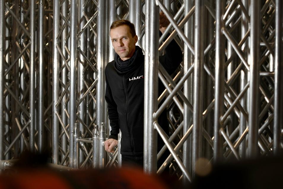Thomas Röpke verleiht auch Bühnentechnik. Das hat ihm dieses Jahr wenigstens einige Einnahmen gebracht.