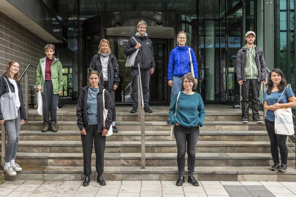 UFZ-Wissenschaftler und Studenten, die die Görlitzer befragt haben