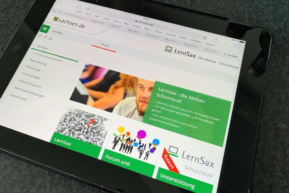 Tablet mit digitaler Lernplattform: Mehr mobile Endgeräte für Pirnas Schulen.