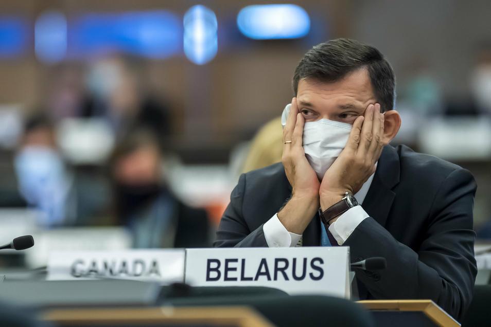 Yury Ambrazevich, Leiter der belarussischen Delegation und Ständiger Vertreter beim UNOG, nimmt an der Eröffnung der 45. Sitzung des UN-Menschenrechtsrats im europäischen Hauptsitz der Vereinten Nationen teil.