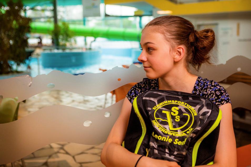 Leonie Senf ist oft im Lausitzbad zu finden, und zwar nicht zum Baden, sondern zwecks ernsthaftem Training.
