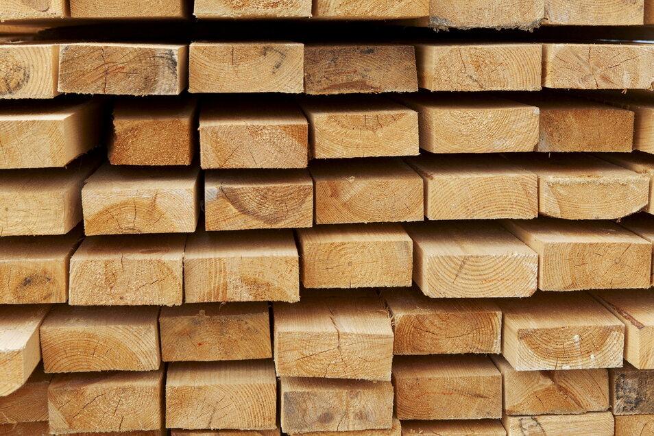 Holz ist das neue Gold - zumindest auf Sachsens Baustellen.