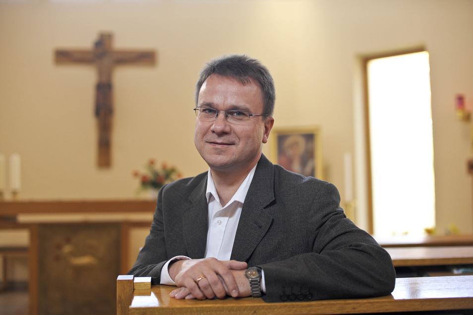 Bernd Schmuck engagierte sich bei der Gründung des Malteser Hilfsdienstes in Görlitz. Heute ist er als Seelsorger im Malteser-Krankenhaus St. Carolus in Görlitz tätig.