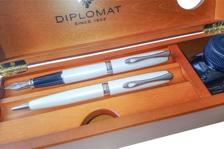 Kugelschreiber und Füllhalter von Diplomat - bei der Auktion ab 135 € statt 449 €