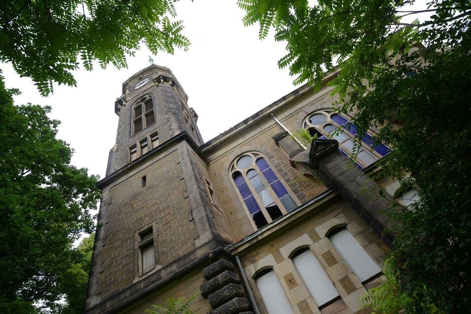 Die einstige Anstaltskirche im Schlosspark Sonnenstein.