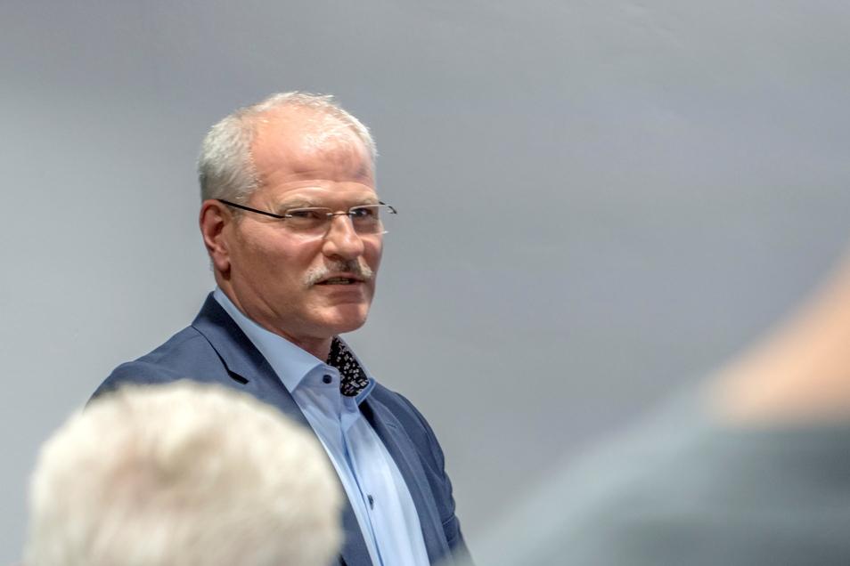 Erik Ziegler 2020 bei einem Treffen des Vereinigten Wirtschaftsforums in Riesa. Schon damals war er Mitglied der Geschäftsführung von Neways - nun übernimmt er die Aufgabe allein.
